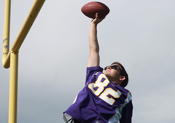 The Short Game: Dunking a Football Doesn't Make You a Bad Person