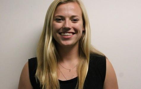Emma Vahle- Senior Volleyball Profile