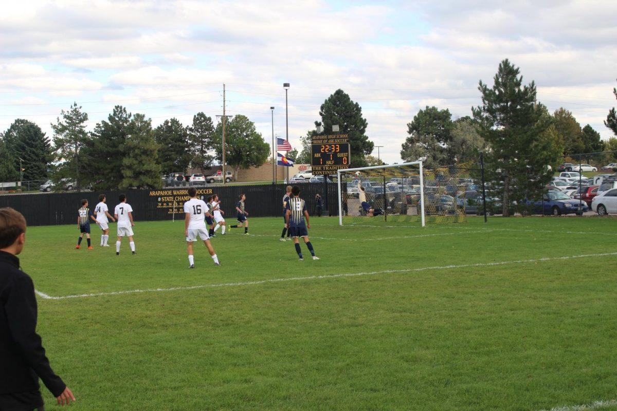 Arapahoe sinks a goal against Mullen